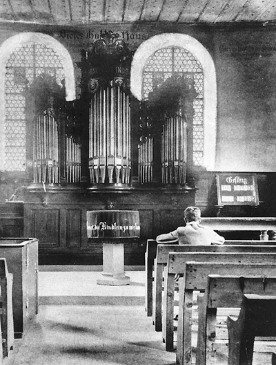 1903 - Organ with 9 Stops